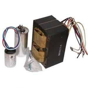 • Très haute fréquence, fonctionne parfaitement avec les lampes standards et à culot double • 15% plus froid • Programme de démarrage en douceur pour démarrer plusieurs transformateurs en même temps • 120/240V - 50 Hz à 60 Hz • Fonctionne avec lampes