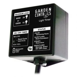 Contrôle tous les équipements 120Vac tels que les pompes ou les ventilateurs lors d'un cycle de répétition périodique. Comprend des cycles distincts de jour et de nuit. Affiche le compte à rebours du temps sur la lecture du bargraphe. La durée ON s'éte
