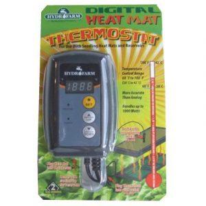 Thermostat jour/nuit avec différentiel ajustable Chauffage ou refroidissement 55°F à 95°F (13°C à 35°C) Différentiel de 4°F à 20°F (2°C à 11°C) Charge MAX 120V: 15A (résistif), 1/2HP