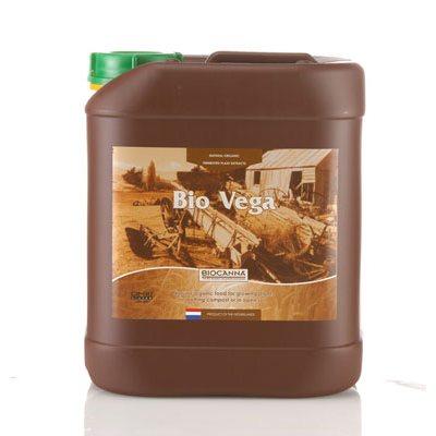 Bio Vega est conçu spécialement pour le stade de croissance de la plante. Bio Vega est riche en azote de bétaïne hautement assimilable qui est relâché en fonction des besoins de la plante. Les substances bioactives de Bio Vega stimulent le développement