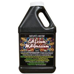 Nature's Nectar ™ Calcium-Magnésium 1-0-1 Supplément de calcium-magnésium organique pour la production commerciale de nourriture et de fruit. Dérivé de l'hydrolysat de protéine de soja, de l'extrait de varech, du sulfate de magnésium, du carbonate de