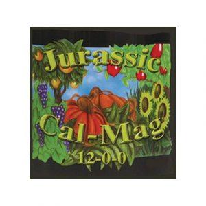Jurassic Cal-Mag est un excellent complément composé de calcium, magnésium, fer et d'oligo-éléments. Grâce à sa composition spéciale le Jurassic Cal-Mag accroît l'absorption des autres nutriments qui résultera d'une meilleure nutrition pour les végétaux.