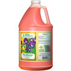 FloraNova est une percée dans une bouteille. Sa formule brevetée vous donne la force d'engrais robuste habituellement trouvée dans une forme sèche, mais avec l'application rapide d'un liquide. Cela signifie que vous pouvez donner à vos plantes les nutrime