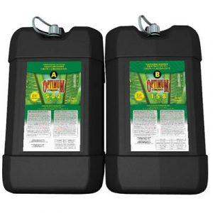 L'engrais hydroponique liquide concentré Optimum hydroponix® à 2 parties fournit aux jardins hydroponiques des concentrations d'éléments nutritifs équilibrées pour satisfaire aux besoins particuliers des plantes et ce, de l'ensemencement jusqu'à la cueill