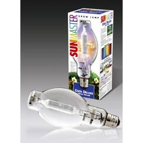 Ampoules de qualité qui simulent la lumière du soleil pour favoriser une croissance végétative vigoureuse. Un maximum de bleu pour les semis et les phases végétatives